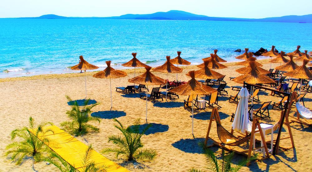 Südsee oder Osteuropa? An diesem Strandabschnitt am Schwarzen Meer fällt die Unterscheidung wirklich schwer