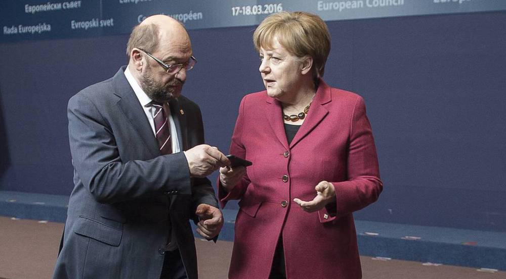 Kanzlerin Angela Merkel wird sich ihrem Herausforderer Martin Schulz im September im TV-Duell stellen