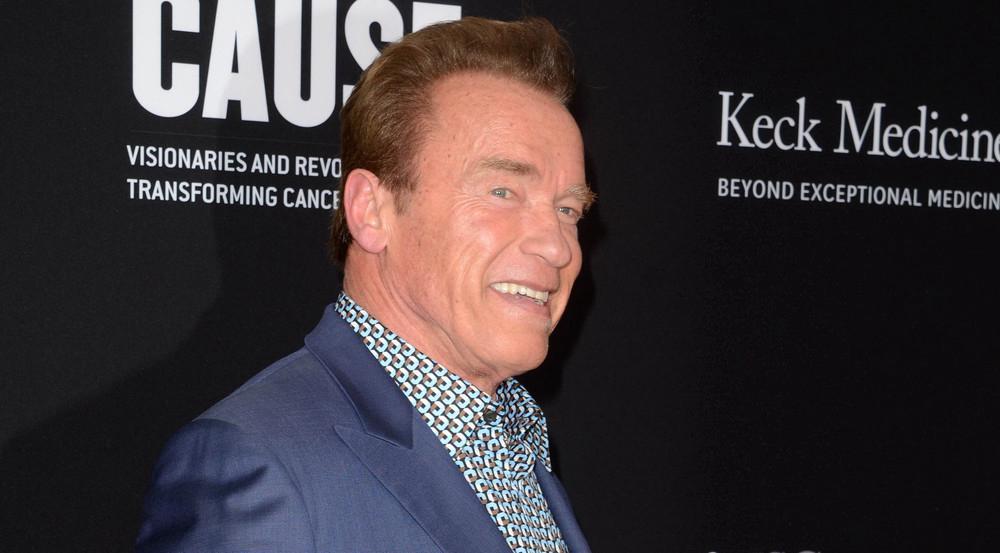 Arnold Schwarzenegger weiß, wie er Paparazzi los wird