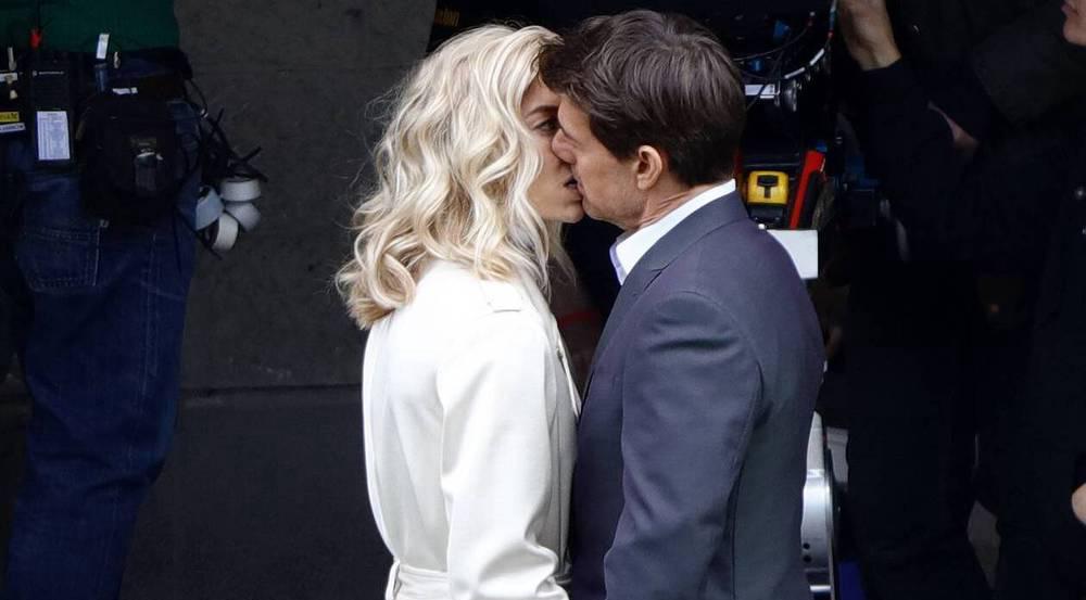 Tom Cruise und Vanessa Kirby bei den Dreharbeiten zu