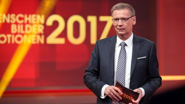 Günther Jauch präsentiert den Jahresrückblick von RTL