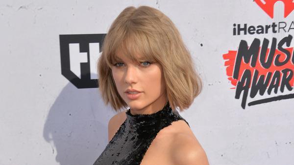 Taylor Swift arbeitet zum ersten Mal seit 2012 mit Ed Sheeran an einer Single zusammen