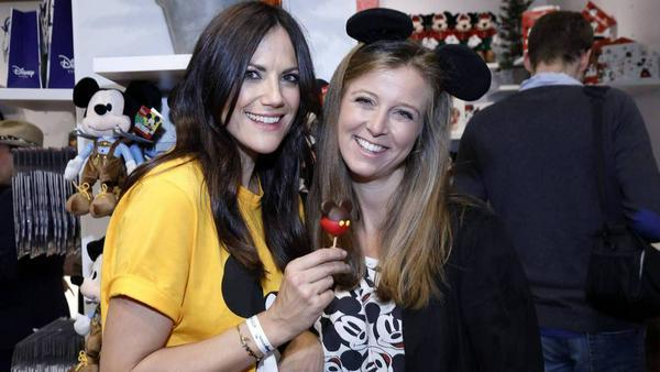 Bettina Zimmermann (l.) und Nina Eichinger sind Disney-Fans