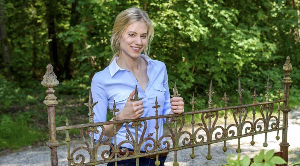 "Larissa Marolt übernimmt ab Folge 2.745 die Rolle ""Alicia Lindbergh"""