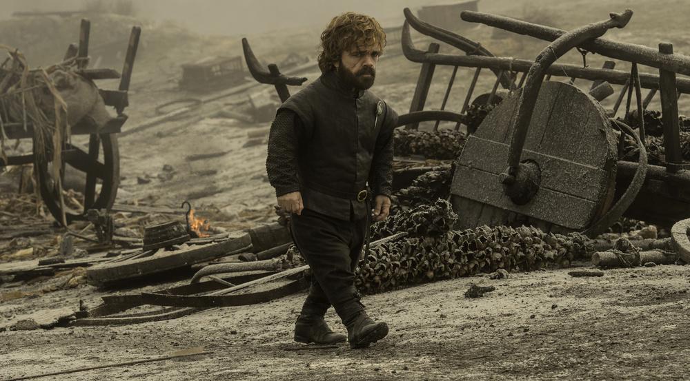 Tyrion (Peter Dinklage) auf dem verbrannten Schlachtfeld