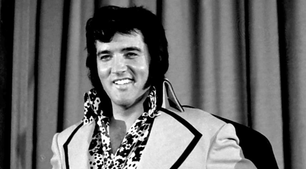 Elvis Presly auf einer Pressekonferenz im Madison Square Garden in New York