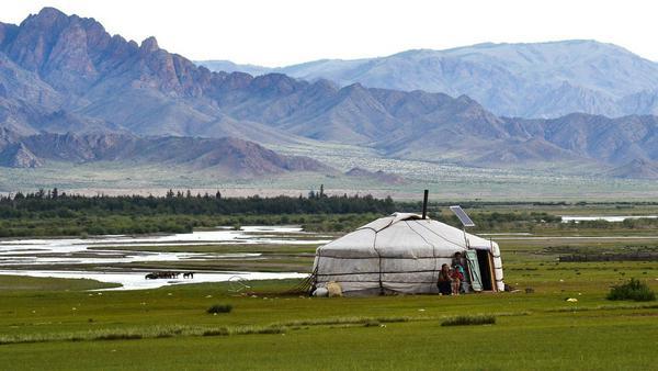 Individuell: Übernachten im Jurten-Lager in der Mongolei