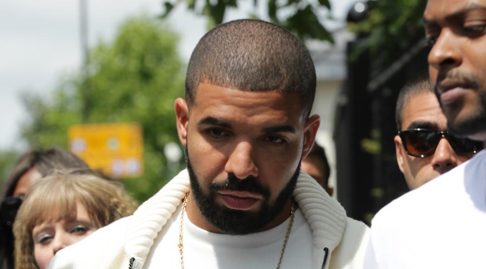Drake bei einem Spaziergang durch London