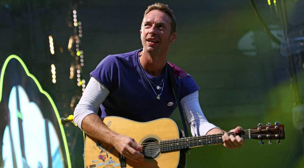 Coldplay-Frontmann Chris Martin auf der Bühne