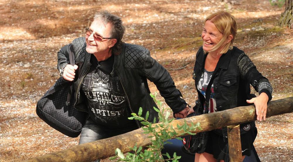 Noch sind Martin Semmelrogge und seine Frau Sonja guter Dinge