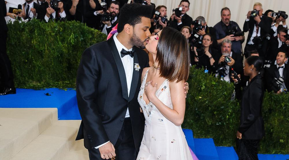 Selena Gomez und The Weeknd bei der Met Gala am 1. Mai 2017 in New York