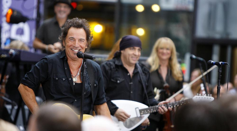 Bruce Springsteen (l.) bei einem früheren Auftritt mit