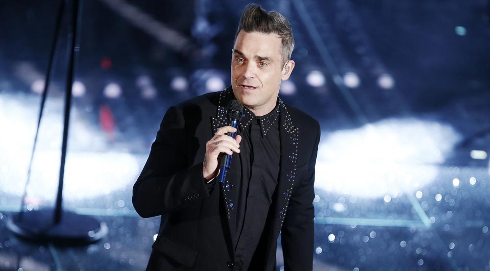 Robbie Williams im Februar 2017 bei einem Konzert in Italien