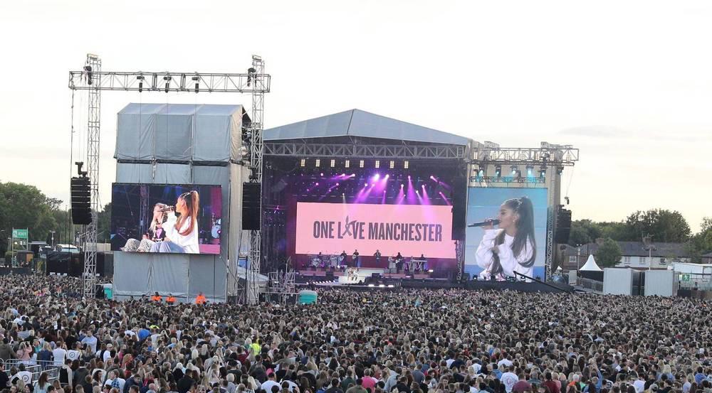Ariana Grande und Miley Cyrus zusammen beim Benefizkonzert