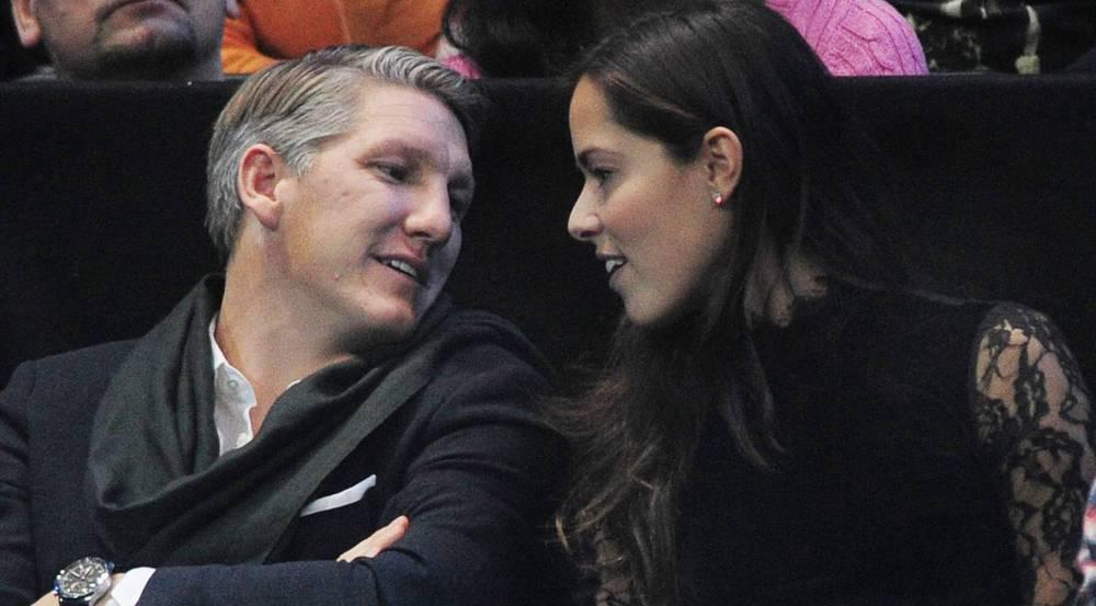 Bastian Schweinsteiger und Ana Ivanovic gemeinsam bei einem Tennisspiel