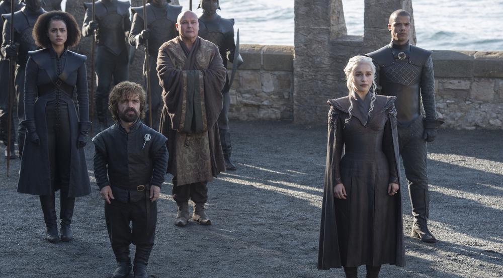 Die blonde Drachenmutter Daenerys Targaryen (Emilia Clarke) scheint die besten Karten auf den Eisernen Thron zu haben