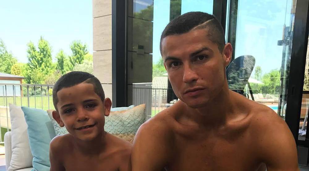 Cristiano Ronaldo postet trotz Zwillings-News ein Foto mit Sohnemann Cristiano Junior