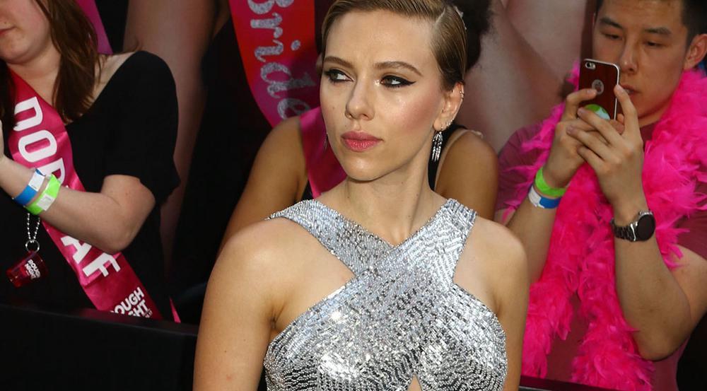 Scarlett Johanssons Look: Glitzer pur!