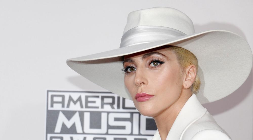 Lady Gaga bekommt von Starbucks Unterstützung für ihre Hilfsorganisation