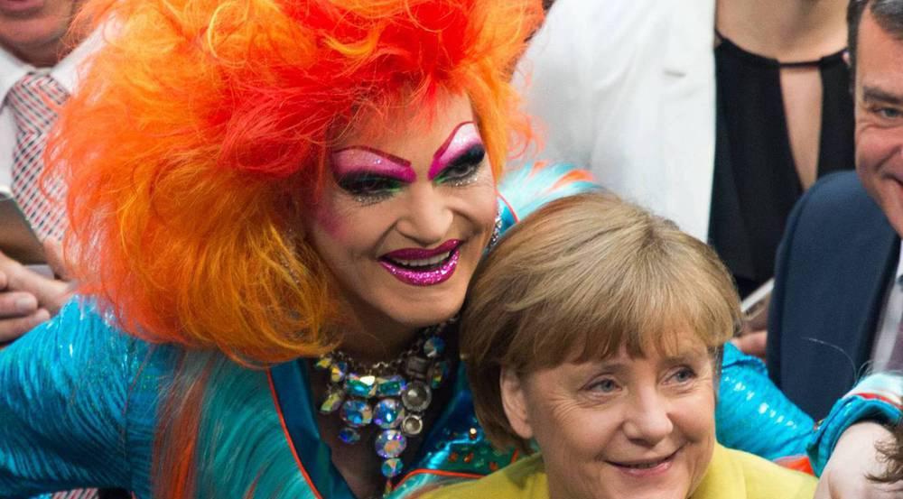 Olivia Jones mit Angela Merkel