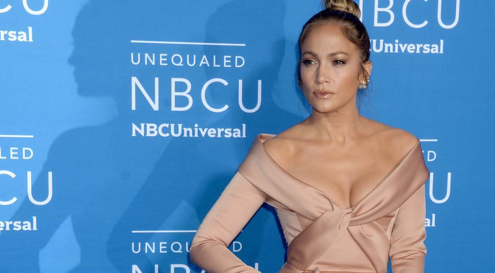 Jennifer Lopez zeigte sich in New York in einem atemberaubenden Outfit