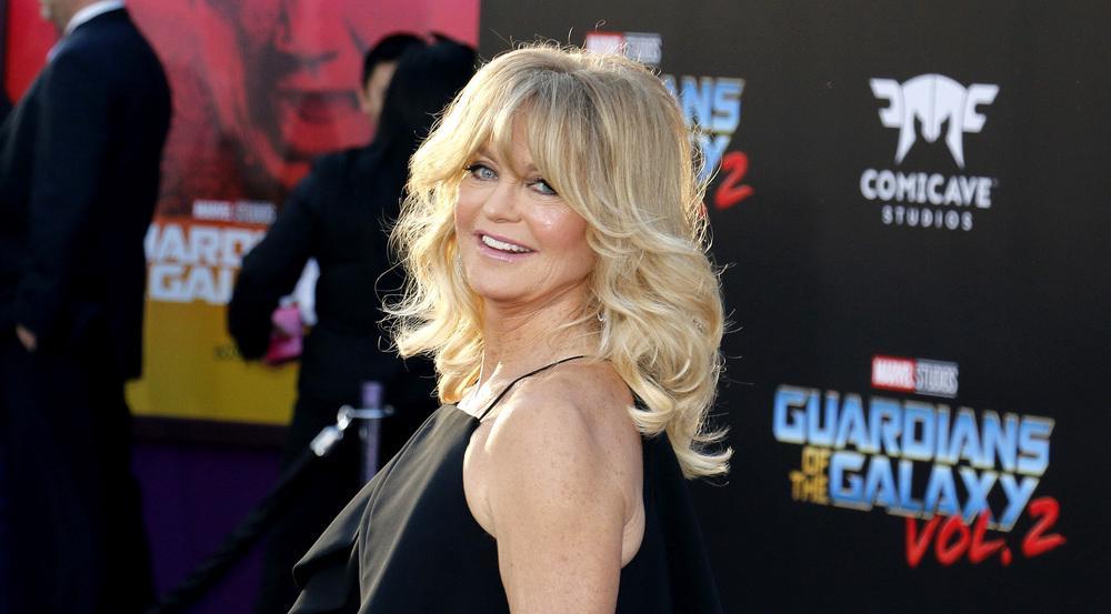 Goldie Hawn weiß, bei Männern manchmal ein Auge zuzudrücken