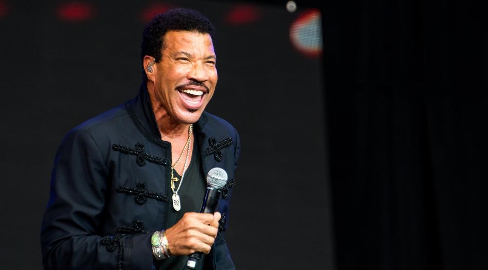 Lionel Richie schmückt nun ein Doktortitel
