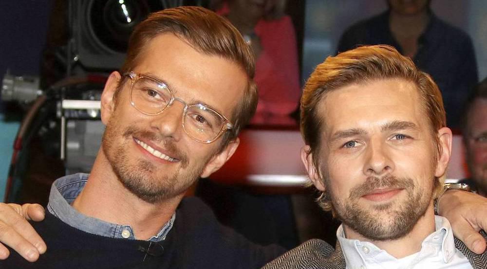 Joko Winterscheidt (l.) und Klaas Heufer-Umlauf hören mit