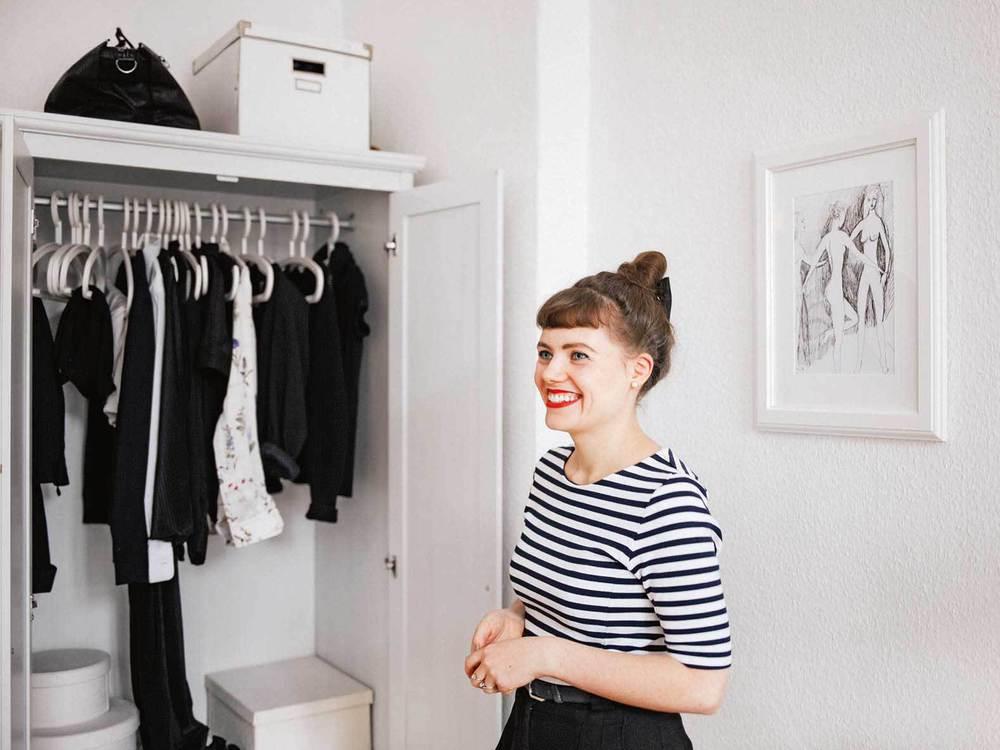 fashion einfach leben tipps f r einen minimalistischen kleiderschrank. Black Bedroom Furniture Sets. Home Design Ideas