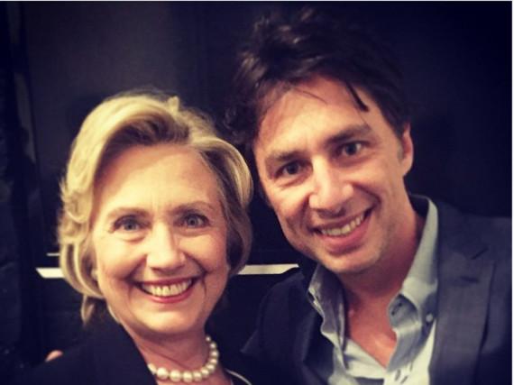 Serien-Star Zach Braff (r.) ist happy über seinen Schnappschuss mit Präsidentschaftskandidatin Hillary Clinton