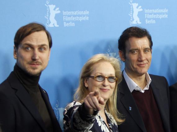 Jury-Präsidentin Meryl Streep mit Clive Owen (re.) und Lars Eidinger bei der Pressekonferenz der Jury am Donnerstag in Berlin