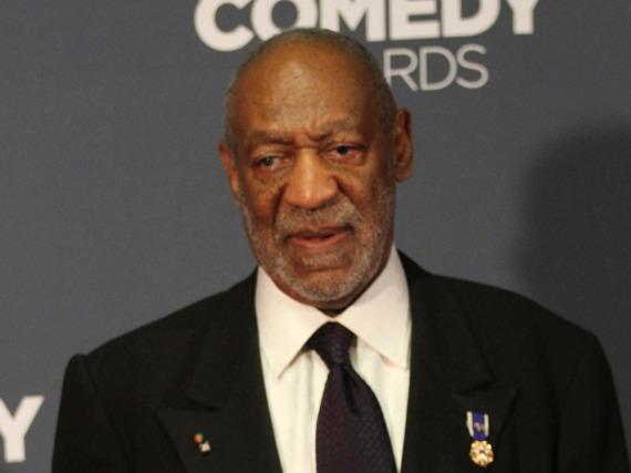 Bill Cosby wehrt sich und klagt gegen eine der Frauen, die er angeblich missbraucht haben soll