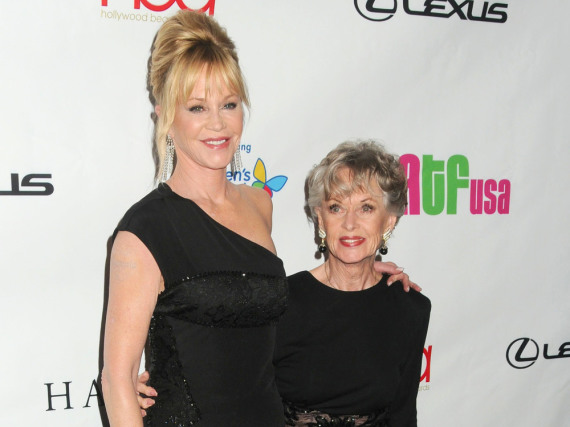 Melanie Griffith und ihre Mutter Tippi Hedren bei den Hollywood Beauty Awards