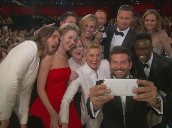 Ein Bild geht um die Welt: 2014 sorgten diverse Stars mit einem Oscar-Selfie für Gesprächsstoff