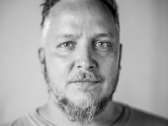 Christoph Brand liebt Kochen und Musik: Beides vereint er in seiner Kochbuch-Reihe