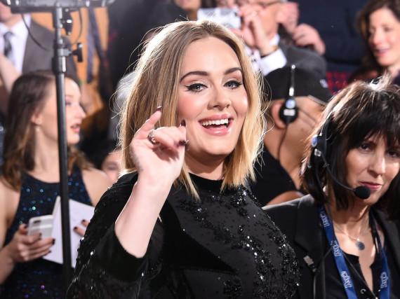 Adele - hier bei den Grammys - ist zur Zeit Dauergast bei Award-Verleihungen