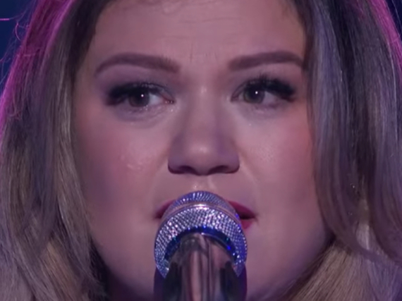 Kelly Clarkson sang ihren Song