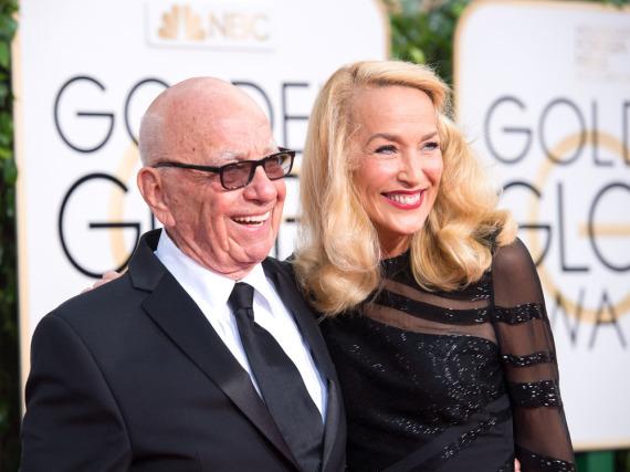 Rupert Murdoch und Jerry Hall zeigten sich bei den Golden Globes freudestrahlend auf dem roten Teppich