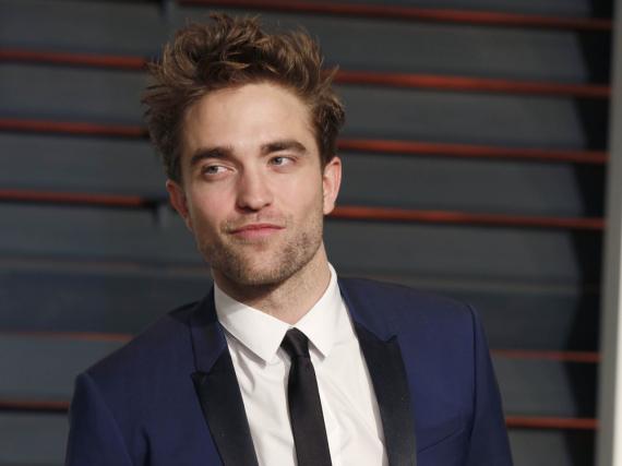 Robert Pattinson macht Kleider für Männer und Frauen