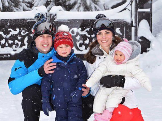 Die junge Familie Windsor im Winterurlaub