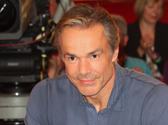 Schauspieler Hannes Jaenicke bleibt optimistisch