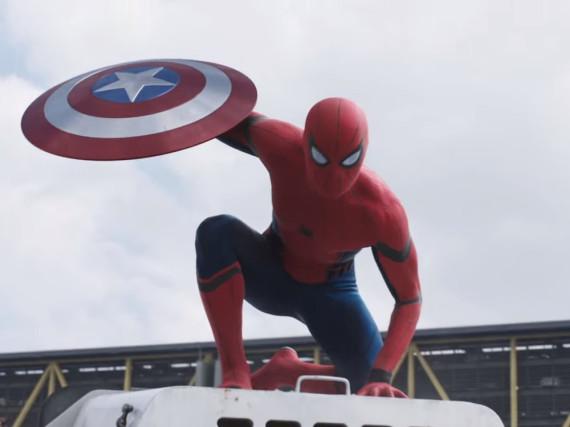 Was macht Spider-Man mit Captain Americas Schutzschild?
