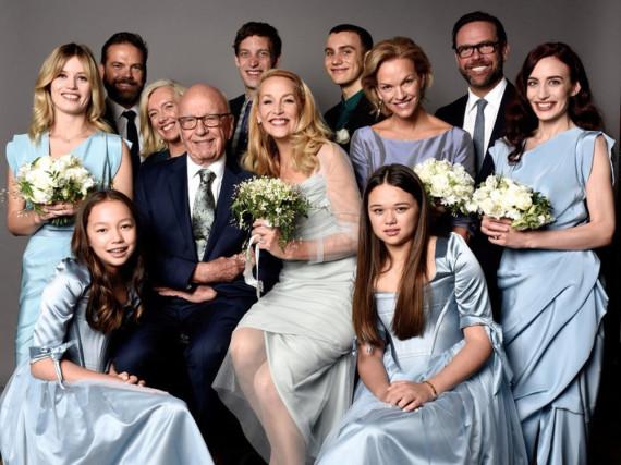 Rupert Murdoch und Jerry Hall (Mitte) präsentieren ihre Patchwork-Familie