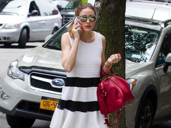 It-Girl Olivia Palermo weiß, dass die Handtasche nicht nur praktisch ist, sondern auch ein Fashion-Statement