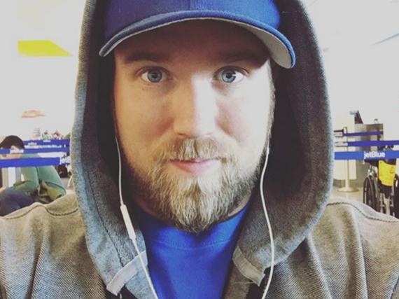 Zach Miko wurde über Instagram entdeckt, jetzt ist er das erste Gesicht von