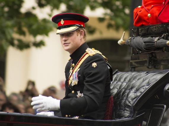 Prinz Harry bei der Geburtstagsparade zu Ehren seine Oma, Queen Elizabeth II.