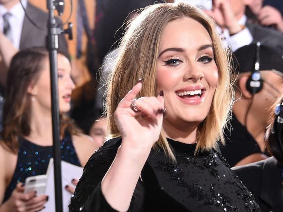 Adele - hier bei den Grammys - wird Headliner auf dem legendären Glastonbury Festival