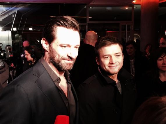 Hugh Jackman (l.) und Taron Egerton bei der