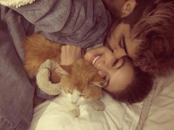 Gigi Hadid mit ihrer Katze Chub und ihrem Freund Zayn Malik