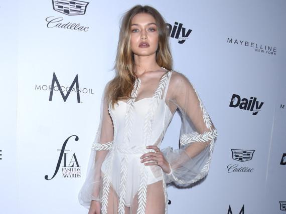 Gigi Hadid war in ihrem transparenten Kleid der Hingucker des Abends